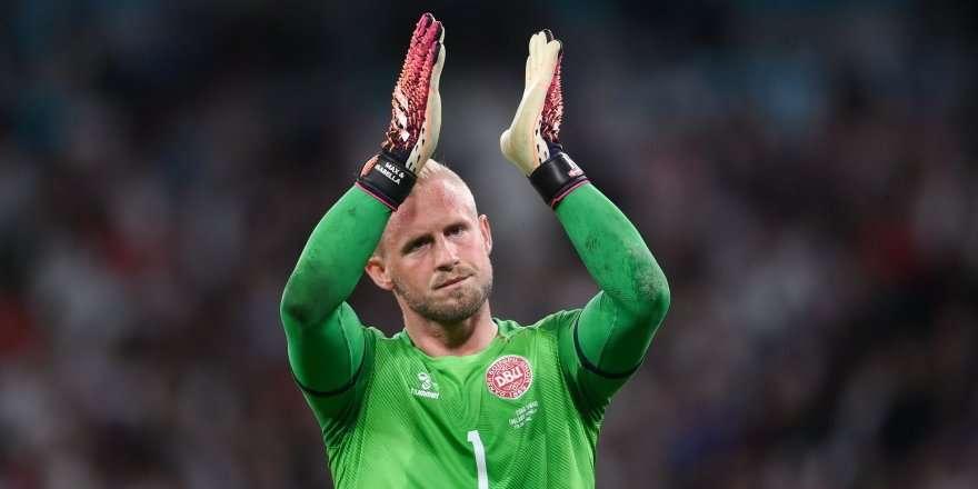 УЕФА завел дело в отношении Англии по факту инцидента со Шмейхелем