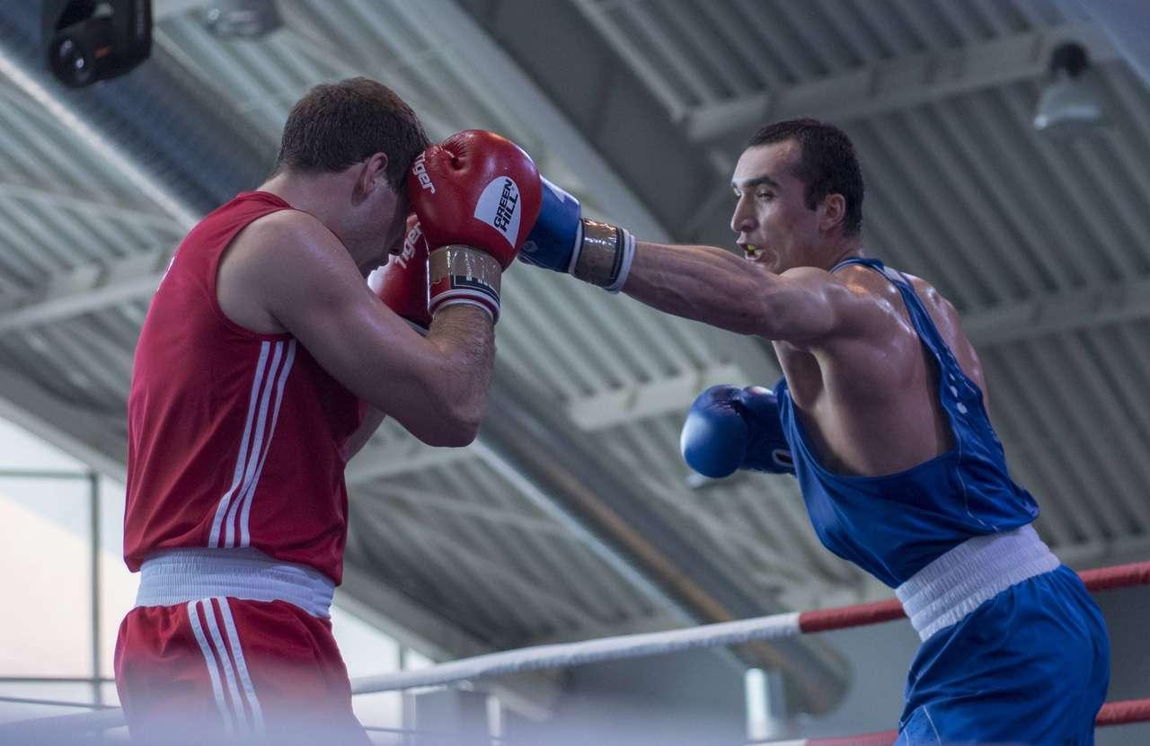 Боксёр Гаджимагомедов стал серебряным призёром ОИ