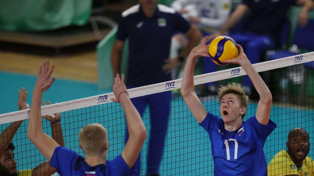 Российские волейболисты стартовали с победы на Чемпионате мира